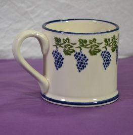 Grapes & Vine Mug